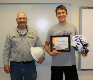 Congrats to Robbie Duncan from Bloom-Carroll High School who was named South Central Power Lineman of the Week last Friday! He's presented his award by Bob Wynkoop, a South Central Power line supervisor at our Canal Winchester operations facility.
